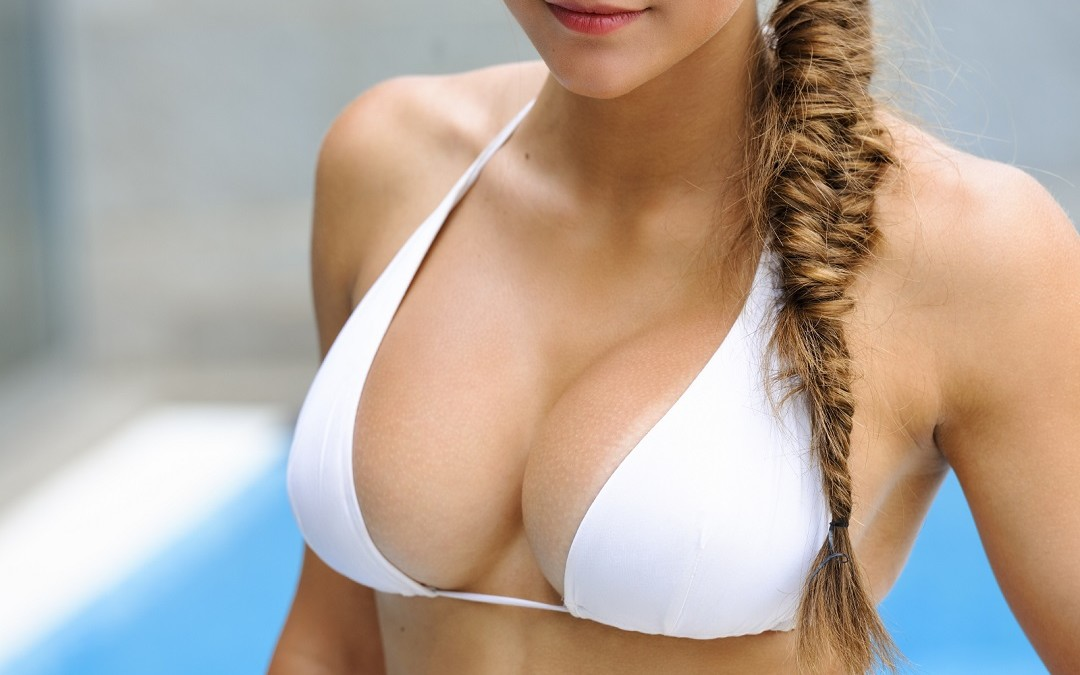 Life-Threatening Reasons Why Women Need To Reconsider Breast Implants