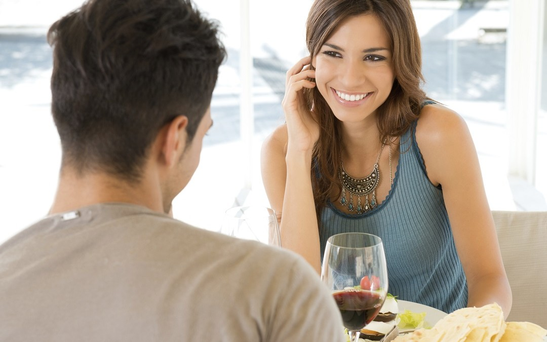 How to Be More Attractive to Women With Body Language